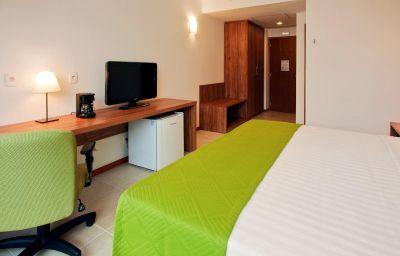 Holiday_Inn_MANAUS-Manaus-Room-27-417092.jpg