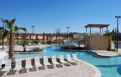 Regal_Oaks_At_Old_Town-Kissimmee-Pool-2-417547.jpg