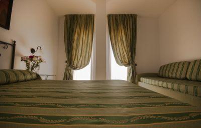 Habitación cuádruple Blu Hotel Morisco Village