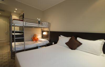Capolago-Varese-Family_room-418405.jpg