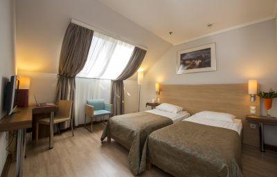 The_Three_Corners_Bristol-Budapest-Double_room_standard-5-418827.jpg