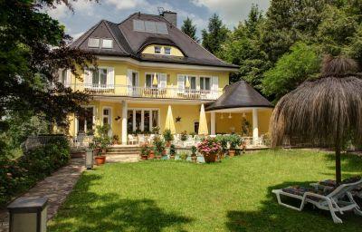 Villa_Weisser_Hirsch-Dresden-Exterior_view-7-419898.jpg
