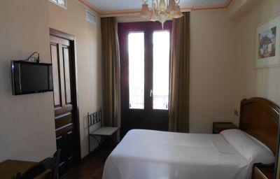 Posada_del_Toro-Granada-Bathroom-3-421516.jpg