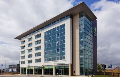 Фасад Holiday Inn Express LINCOLN CITY CENTRE Lincoln (England)