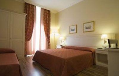 Residenza_Domiziano-Rome-Room-3-423160.jpg