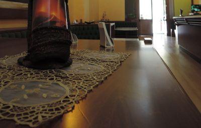 Salle du petit-déjeuner Villa Scaduto Residence