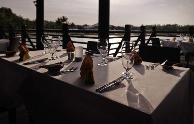 Restaurant/salle de petit-déjeuner Pullman Putrajaya Lakeside
