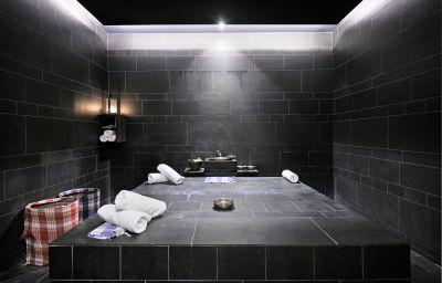 Iadera_Falkensteiner_Hotel_Spa-Zadar-Massage_room-423421.jpg