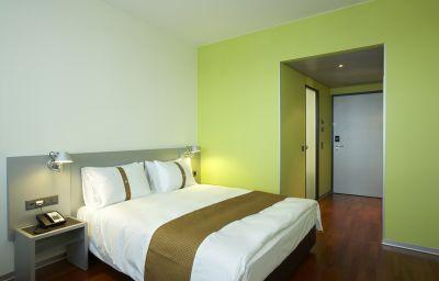 Holiday_Inn_ZUERICH_-_MESSE-Zurich-Room-12-423508.jpg