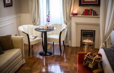 Victoria-Triest-Junior_suite-6-423811.jpg
