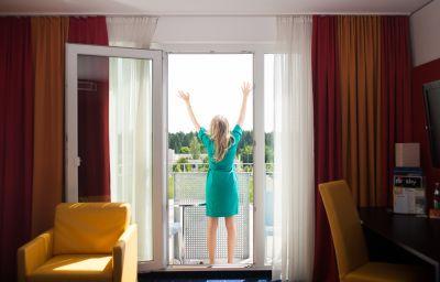 Pokój z balkonem Stay2Munich