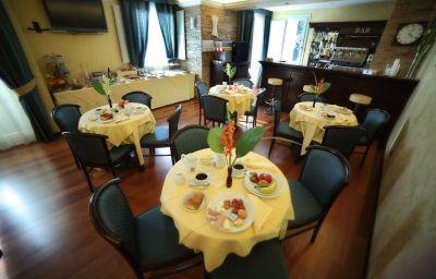 Sala de desayuno Teocrito