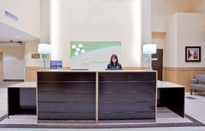 Holiday_Inn_Hotel_Suites_SURREY_EAST_-_CLOVERDALE-Surrey-Hall-6-429826.jpg