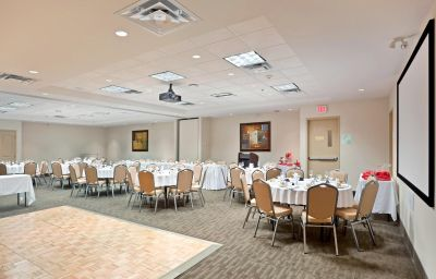 Holiday_Inn_Hotel_Suites_SURREY_EAST_-_CLOVERDALE-Surrey-Banquet_hall-3-429826.jpg