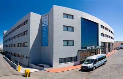 Avant_Aeropuerto-Torrejon_de_Ardoz-Hotel_outdoor_area-1-430118.jpg