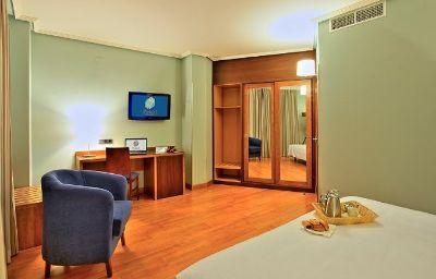 Avant_Aeropuerto-Torrejon_de_Ardoz-Room-2-430118.jpg