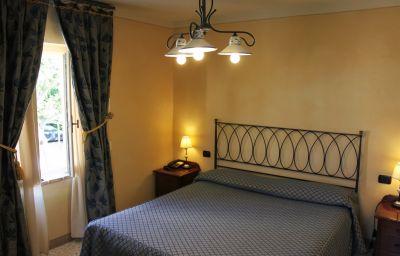 Castello_Montegiove_Country_House-Fano-Suite-3-430532.jpg