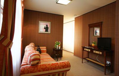 Suite Levoslav House