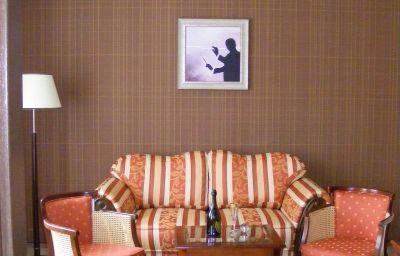 Levoslav_House-Sibiu-Room-4-430916.jpg