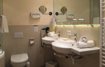 Łazienka Granat Garni