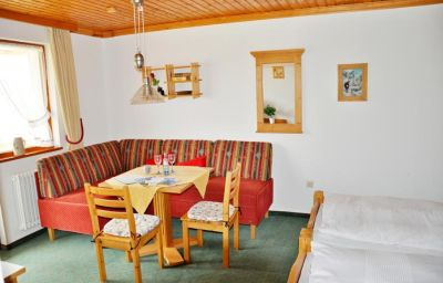 Apartment Wildschütz Pension Jungholz (Tyrol)