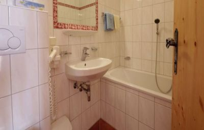 Bathroom Gasthof Wiesejaggl