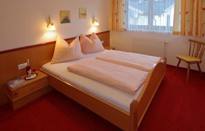 Haus_Romantik_Pension-Fuegen-Info-20-433633.jpg