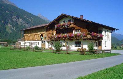 Bauernhof_Ferienbauernhof_Wendlshof_Oetztal-Laengenfeld-Exterior_view-1-433763.jpg