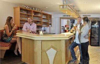 Sonnschupfer-Schladming-Hotel_bar-1-435113.jpg