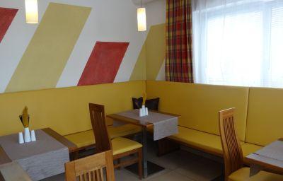 Restaurante/sala de desayunos EB Hotel Garni - Cafe & Bistro