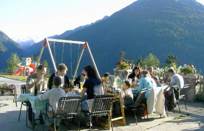 Bauernhof_Familienpension_Wiesenhof-Kaunerberg-Terrace-435429.jpg