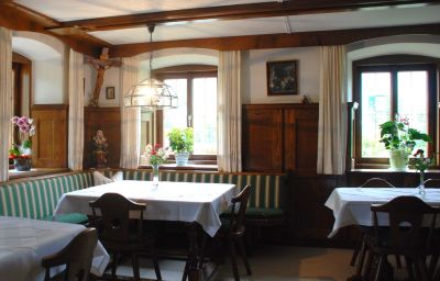 Haslgut-Fuschl_am_See-Breakfast_room-2-435583.jpg