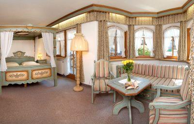 Suite Fun & Spa Hotel STRASS