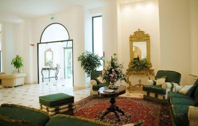 Intérieur de l'hôtel Ostuni Palace