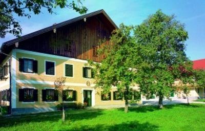 Bauernhof_Wesl_-_Ferienwohnungen-Attersee_am_Attersee-Exterior_view-3-438190.jpg