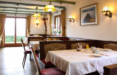 Seeblick_Pension-Nussdorf_am_Attersee-Restaurant-438248.jpg