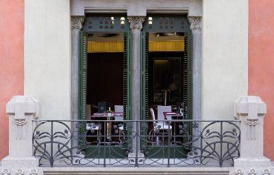 Catalonia_Catedral-Barcelona-Exterior_view-3-438950.jpg