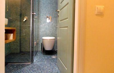 Salle de bains Yakinthos