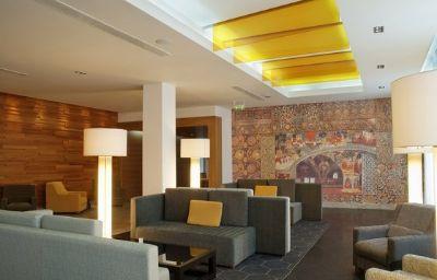 Holiday_Inn_MOSCOW_-_SIMONOVSKY-Moscow-Hotel_bar-14-440359.jpg