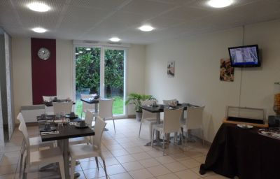 Breakfast room Park & Suites Confort Nantes Saint Herblain Résidence de Tourisme