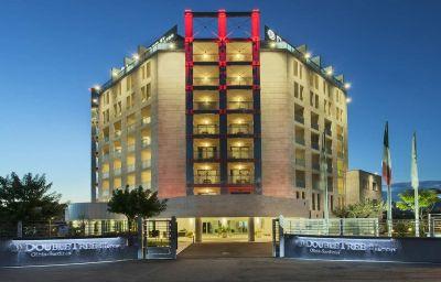 Vista esterna Doubletree by Hilton Olbia