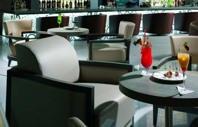 Hotel bar Doubletree by Hilton Olbia
