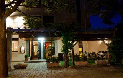 Taormina-Birkenfeld-Terrace-1-443933.jpg