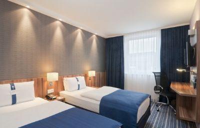 Holiday_Inn_Express_HAMBURG_CITY_CENTRE-Hamburg-Room-15-444174.jpg