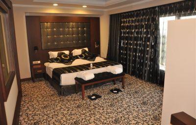 Suite Golden Tulip Nicosia Hotel and Casino