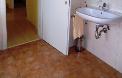 Bathroom Palazzio