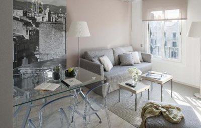 Eric_Voekel_Industria_Suites_Apartments-Barcelona-Exterior_view-445885.jpg