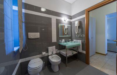 Bathroom Artemisia Palace