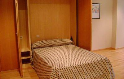 Wellness_Hotel_Apartamento-Paterna-Room-5-448477.jpg