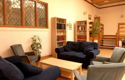 Royal_Maritime_Club-Portsmouth-Reading_room-1-450753.jpg